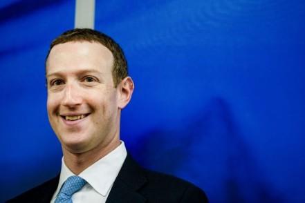 Zuckerberg responde a 'garganta profunda': «No es verdad que antepongamos los beneficios a los usuarios»