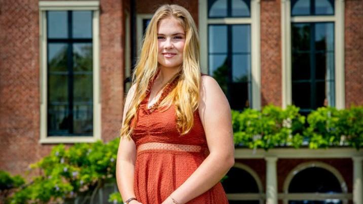 Países Bajos: Princesa Amalia no tendrá que renunciar al trono en caso de casarse con una mujer