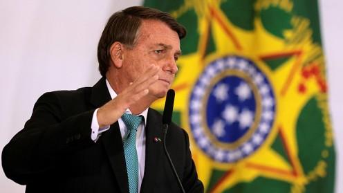 Comisión del Senado de Brasil prepara acusación contra Bolsonaro por múltiples delitos contra la salud