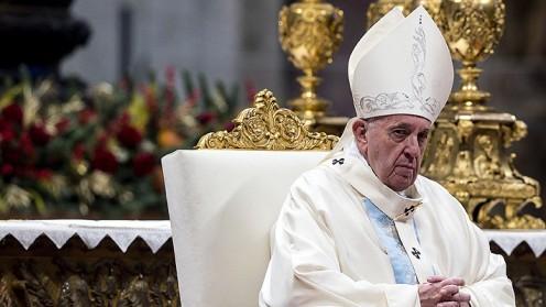 """El Papa expresa su """"vergüenza"""" por incapacidad de la Iglesia en casos abusos, tras revelación en Francia"""