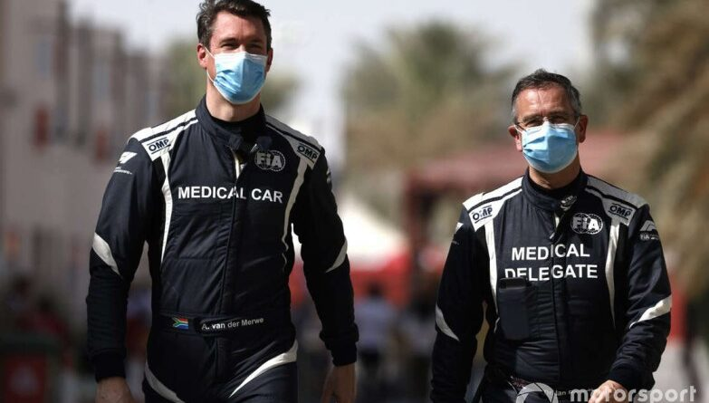 Los pilotos del coche médico de la F1 dan positivo en COVID-19