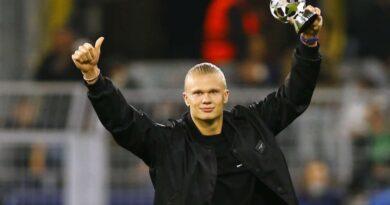 Haaland dice que no estará en los partidos de Noruega por eliminatoria mientras se recupera de lesión