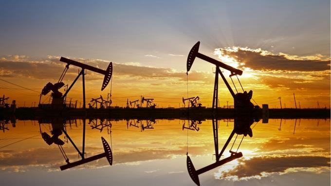 Las cargas que pesan en el precio final de hidrocarburos